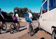 In bicicletta dalla Valle d'Itria al mare: video